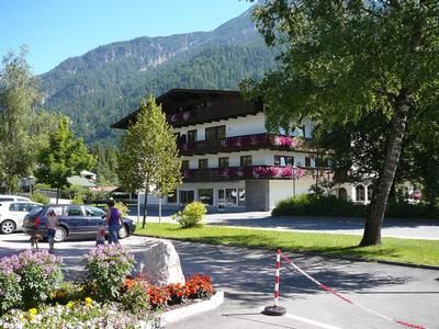 Photo for Holiday apartment St. Ulrich am Pillersee for 2 - 6 persons with 2 bedrooms - Holiday apartment