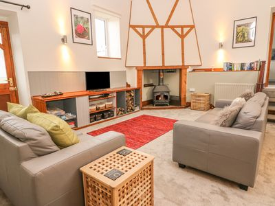 Photo for HORSESHOE COTTAGE, pet friendly in Aberaeron, Ref 944359