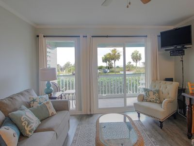 Photo for Beautiful 1st floor oceanfront condo with a private balcony and fishing pier