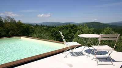 Photo for Villa Bastiola (sleeps 6 - 8 + 2 cots) with private pool
