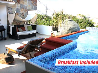 Photo for Kingsize 1bedroom apt, private Balcony, common rooftop with pool (unit 201)
