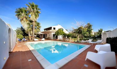 Photo for Beautiful private villa with WIFI, A/C, private pool, hot tub, TV, pets allowed and parking