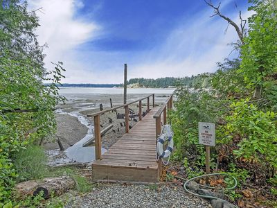 Photo for Private Beach, Soaking Tub, Puget Sound Getaway, Pet Friendly
