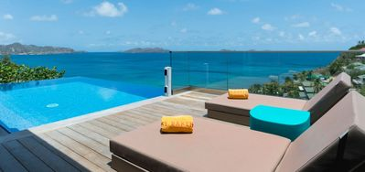Villa Upside -  Ocean View - Located in  Tropical Pointe Milou with Private Pool