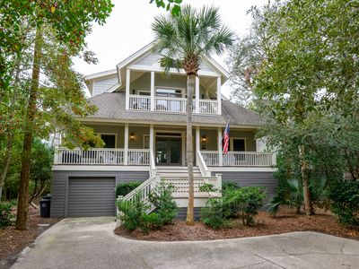 Photo for Charming home in a popular Kiawah neighborhood, community pool!