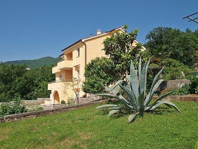Photo for Apartment 1.3 km from the center of Opatija with Parking, Internet, Balcony, Garden (121251)