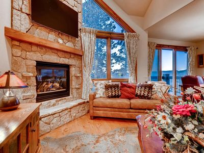 Photo for Slopeside Saddlewood: Virtual Tour, True Ski-in/Out, Private Hot Tub, Grill