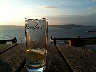 Take time out with a g&t