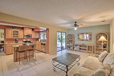 Your group of 10 will have plenty of space in this 1,7000-square-foot home.