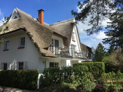 Photo for Thatched roof with south-facing balcony in the immediate Boddennähe!  New in 2019!