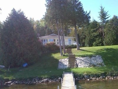Cozy Secluded Cottage on Mullett Lake!