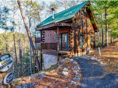 Photo for New listing, Simply Charming, Private and Secluded