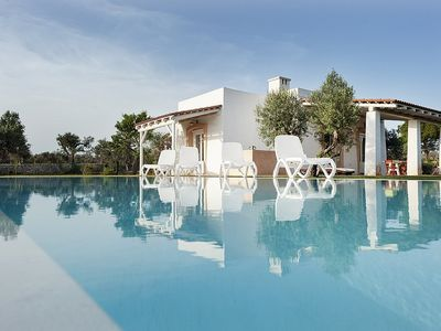 Photo for Villa Mirella: A characteristic and welcoming villa in the characteristic style of the Apulian countryside, with Free WI-FI.