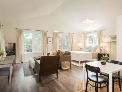 Photo for Lovely Studio/Guesthouse in Lake Oswego