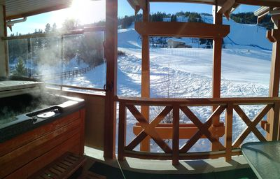 Photo for Meadowbrook Chalet,Stay 3 nights, Pay 2** Private Hot Tub, True Ski in/Ski Out