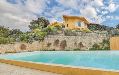 Photo for 6 bedroom accommodation in Modica