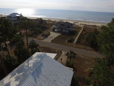 Photo for Fantastic first tier Gulf Views , Pool with screen Lanai,  Kids Loft, Open Plan