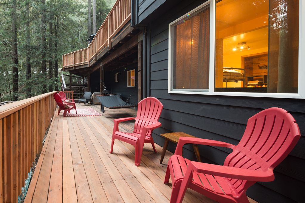 This Hillside 3 Level Home With Lots Of Room To Roam Guerneville