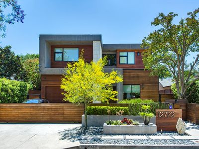 Photo for Modern Oasis in the Heart of Studio City