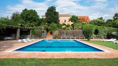 Photo for Villa Baronia del Fago, country manor house with swimming pool by the sea.