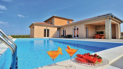 Photo for Villa Moderna with pool and tennis court up to 10 guests, Zadar county