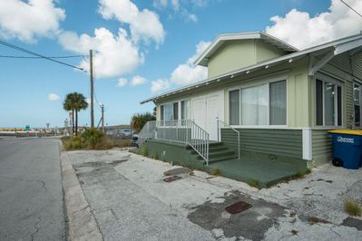 20 kendall st. Clearwater Fl, 33767