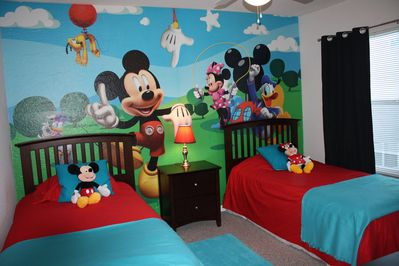 Kids Bedroom ! Mickey Mouse mural :)