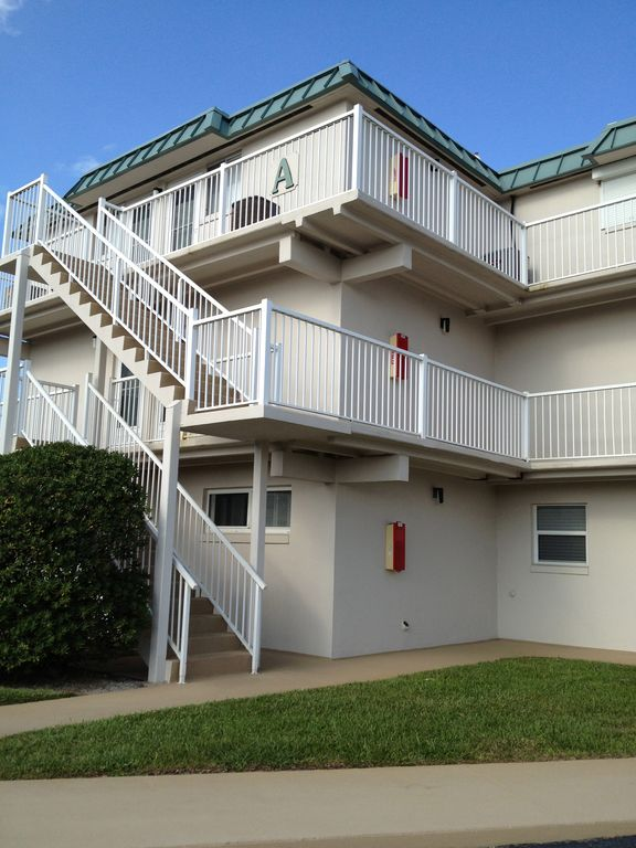 edgewater single personals Lansing apts/housing for rent - craigslist cl  (edgewater - christina) pic map hide this posting restore restore this posting favorite.