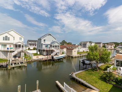Photo for Waterfront getaway in a quiet neighborhood w/ free WiFi, dock, & furnished deck