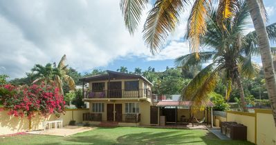 Photo for Kasa Maui - Palm Tree Apt - 1 Minute From Sandy Beach!!