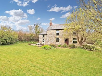 Photo for FARM COTTAGE, family friendly, with open fire in Helston, Ref 960161