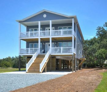 Photo for BRAND NEW-5 Bdrm/4.5 Bath Home w/POOL & Elevator-Close to Beach-Sleeps16