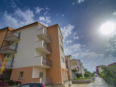 Photo for Two bedroom apartment with balcony Podstrana, Split (A-8281-b)