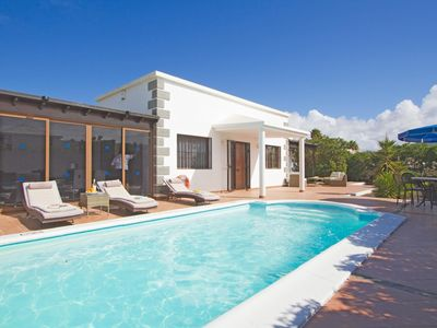 Photo for One bedroom Villa, sleeps 8 in Playa Blanca with Pool, Air Con and WiFi