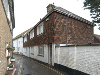 Photo for 2 bedroom Cottage in Whitstable - WCC10