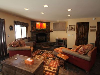Photo for Beautifully renovated 2 BR True Ski in/out. 6 Night free! Hot tub, garage!