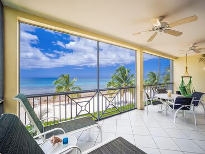 Beautiful, spacious oceanfront condo, luxury inside and out!