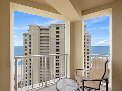 Photo for Updated condo w/ Tiki bar, 2 shared pools & hot tubs, Gulf views