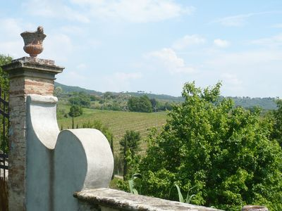 Photo for Cottage in Central Tuscany With Shared Pool