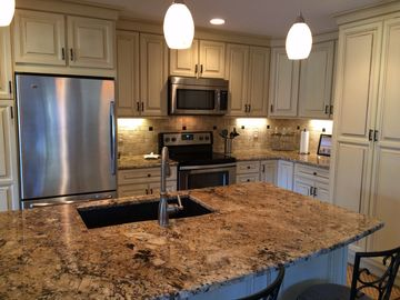 Windows to the World Greet You/Totally RENOVATED Turnberry  Golf View End Villa
