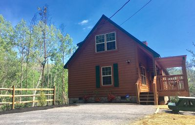 The Beautiful and All New Curious Bear Cabin in Gatlinburg!