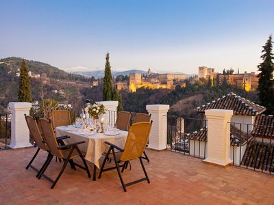 Photo for Lovely andalusian villa overlooking the Alhambra with private pool