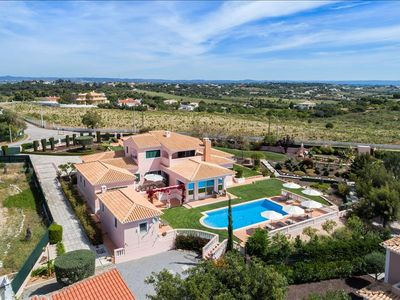 Photo for Villa Rosmaninho - 5 bedrooms, outdoor kitchen and stunning gardens. Close to beaches & amenities.