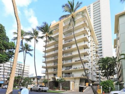 Photo for Large 2br/2ba Steps to Waikiki Beach by Domio
