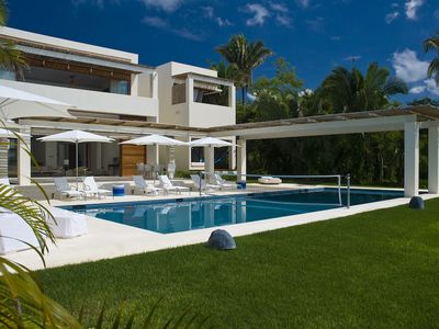 Photo for Heavenly, Ocean-front Villa Luna Mar. Private, sandy beach. Superb staff of six.