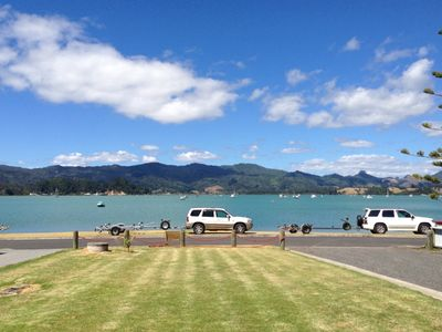 Photo for Wyuna Bay Waterfront Bach - Coromandel Harbour