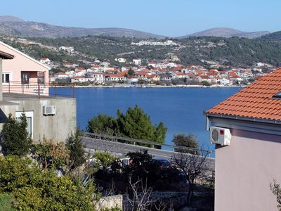 Photo for Three bedroom apartment with terrace and sea view Poljica, Trogir (A-6019-a)