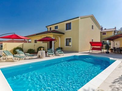 Photo for Vacation home Villa Monique  in Pula/ Vodnjan, Istria - 8 persons, 4 bedrooms