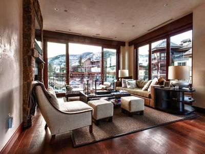 Photo for 5-Star, 3br, 2000-sqft Mountain View Villa, Center of Vail Village