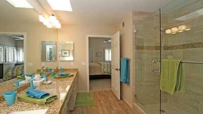 Photo for The Lakes Country ClubLovely Two bedroom Condo on Golf Course